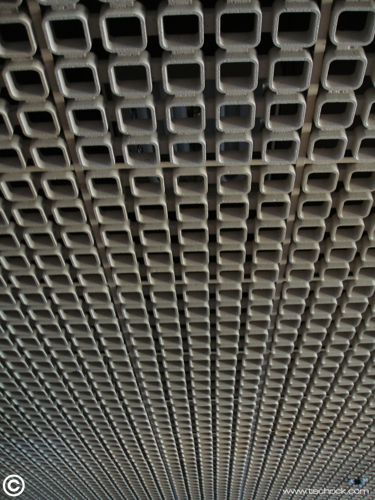 Tempelhof_bowling_alley