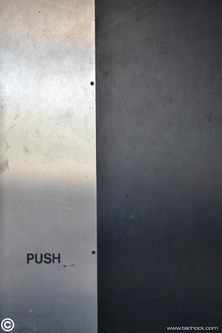 Pushpanel.JPG